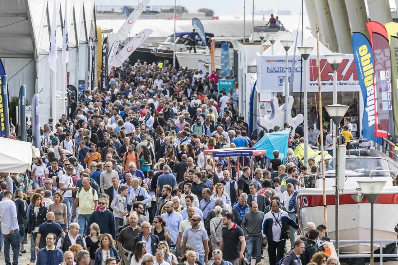 mercato nautico Ad Ottobre la 60ma edizione del Salone Nautico di Genova