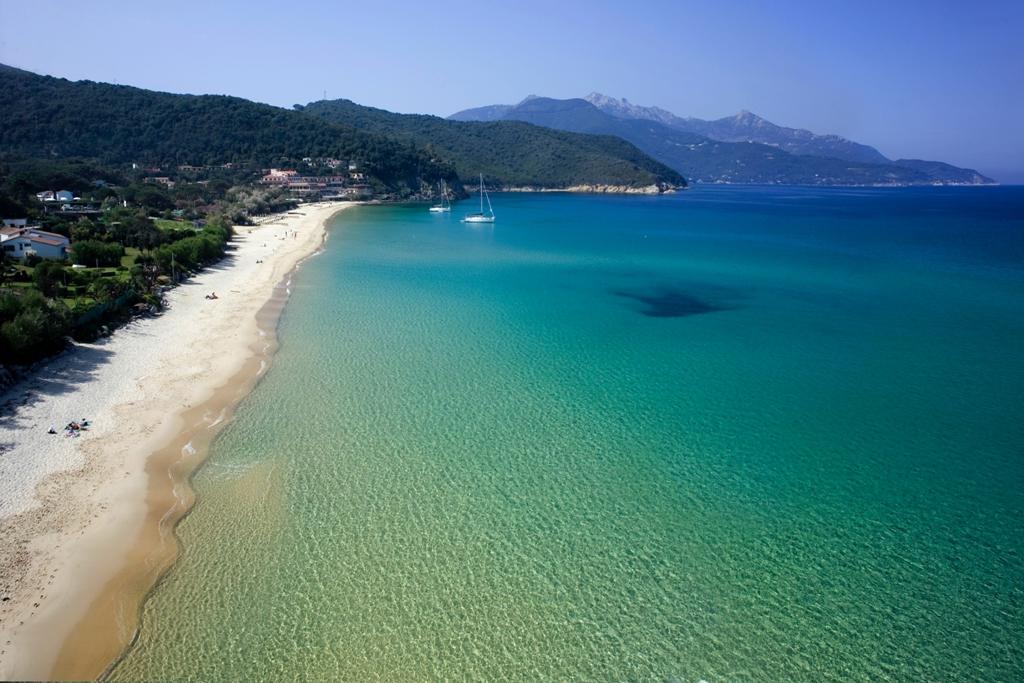 Le 10 spiagge dell'Elba che non vi faranno rimpiangere i Caraibi