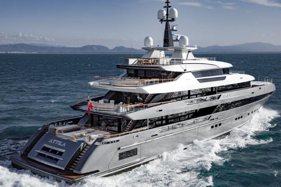 Sanlorenzo Elite Weekends, salone nautico privato ai Cantieri di La Spezia