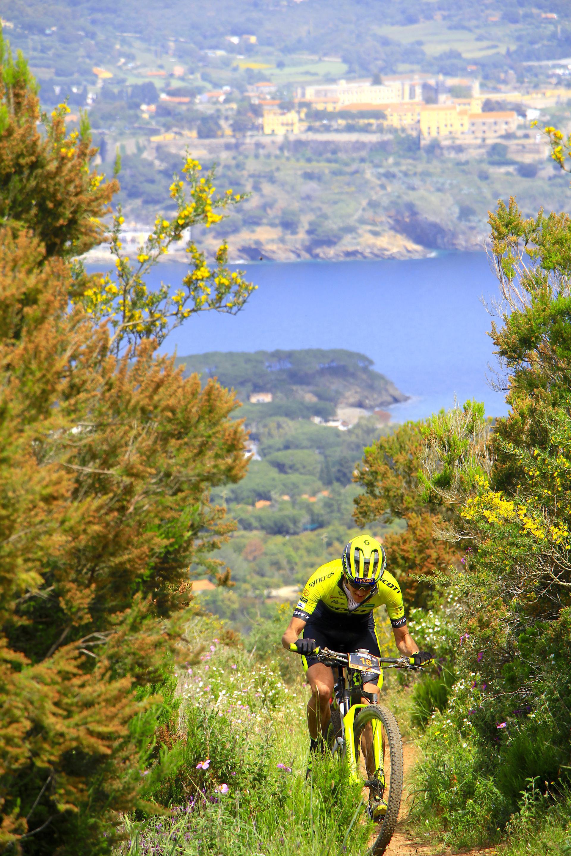 Ciclismo, sull'Isola d'Elba il Mondiali UCI di MTB Marathon 2021