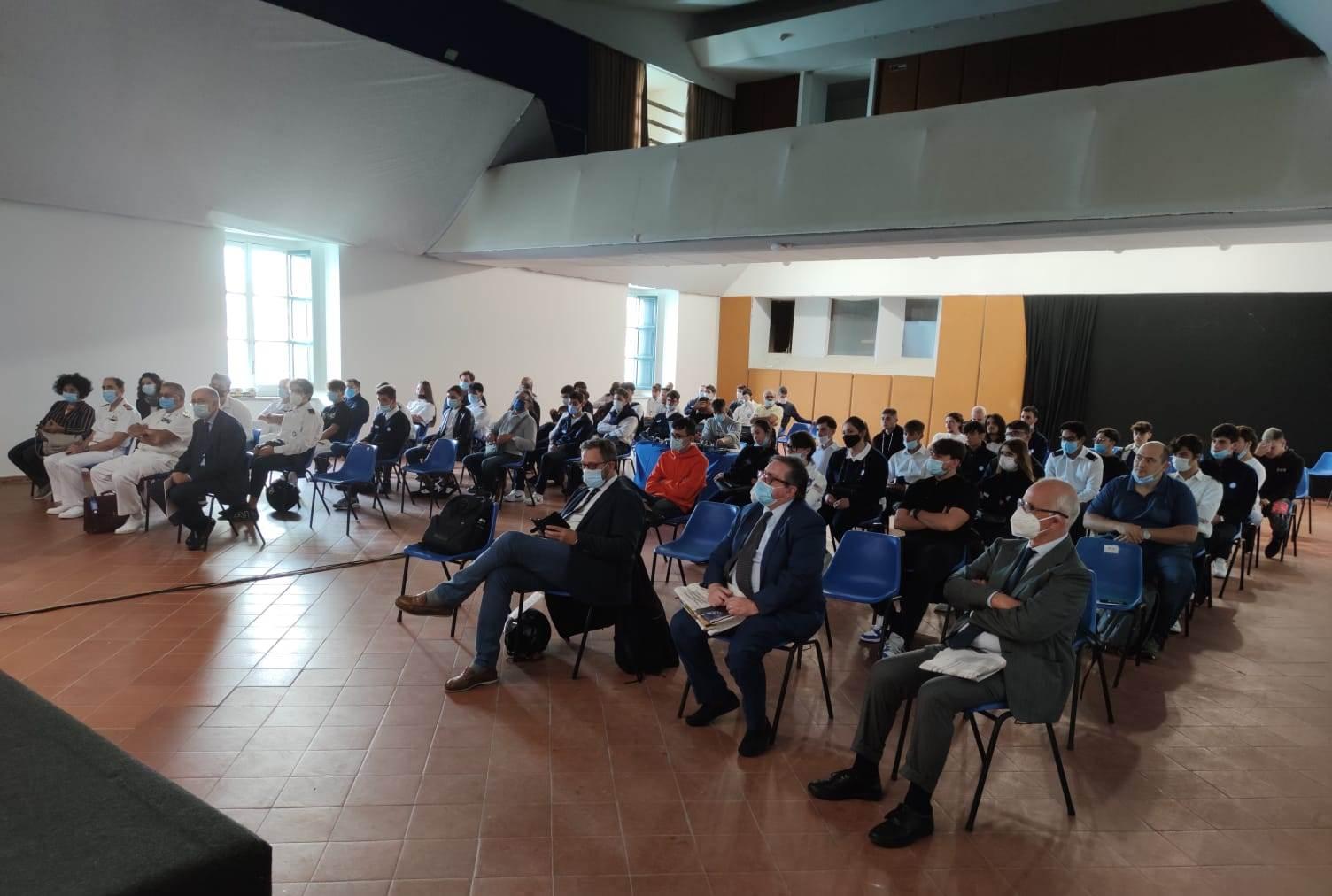 Digitalizzazione e crescita sostenibile dei porti al Naples Shipping Week