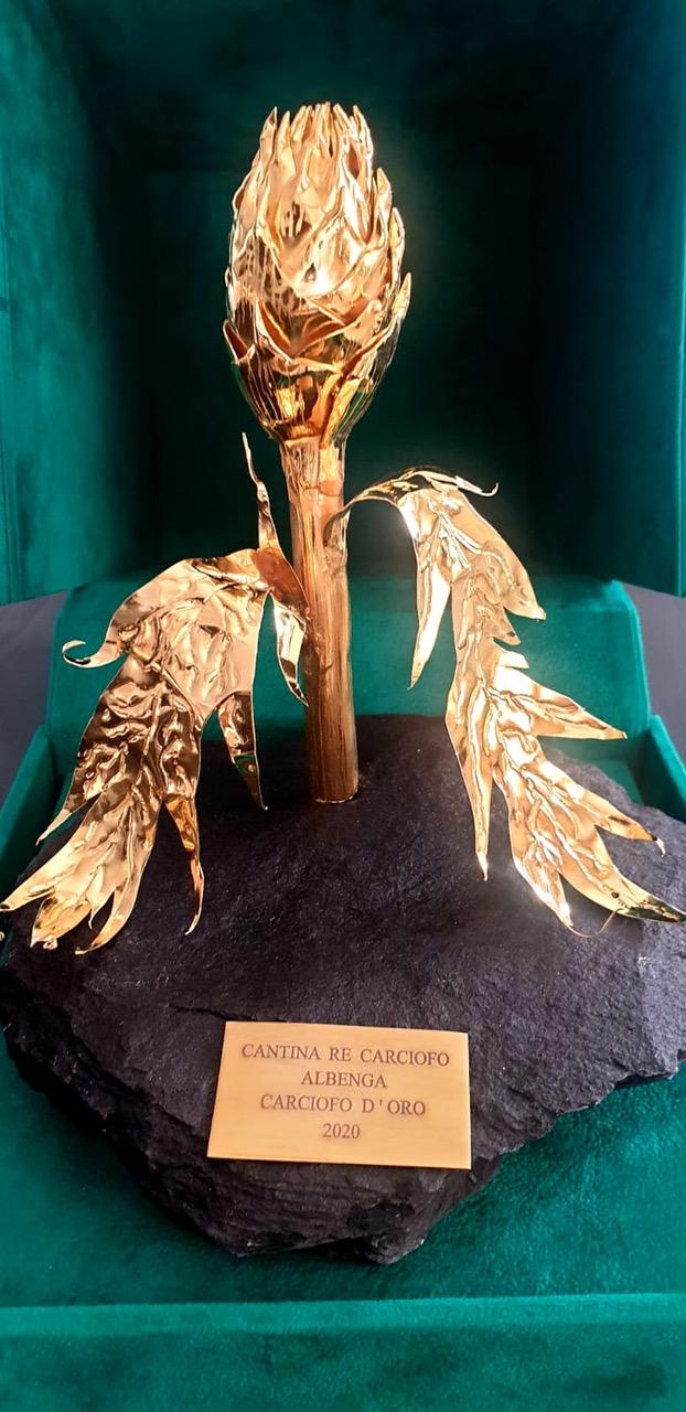 Albenga, tutto pronto piazza San Francesco per il Carciofo d'Oro 2020