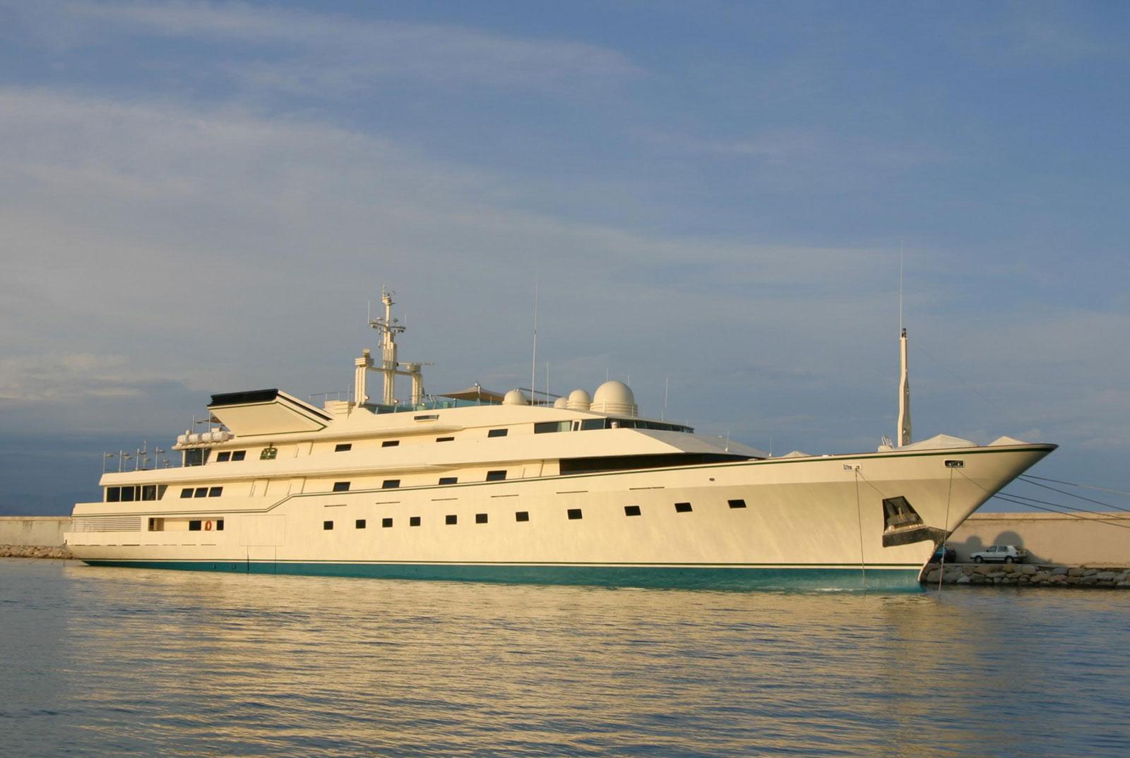 mega yacht nabila