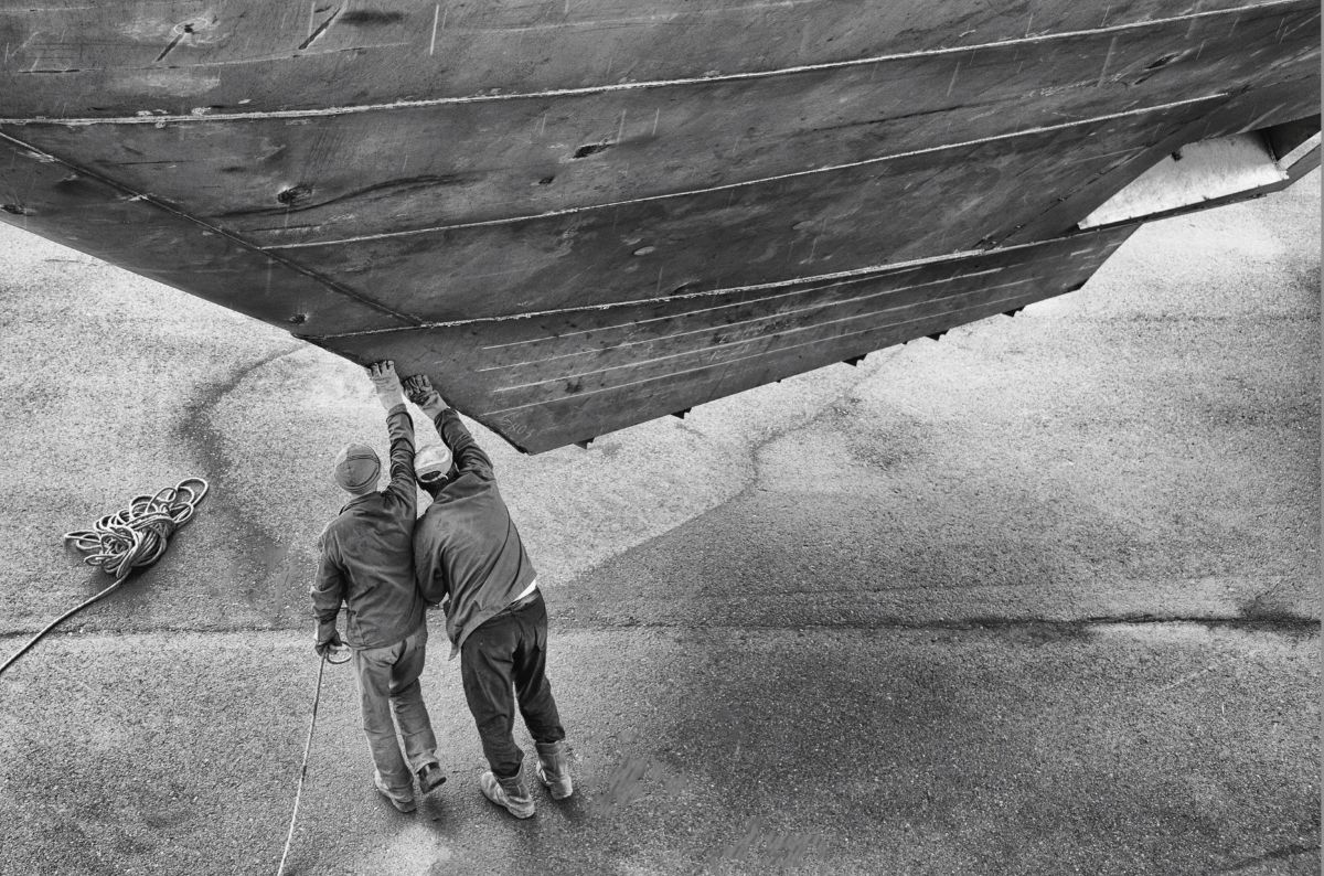 "Sanlorenzo presenta la mostra ""Naviganti. Un viaggio dentro i cantieri navali"""