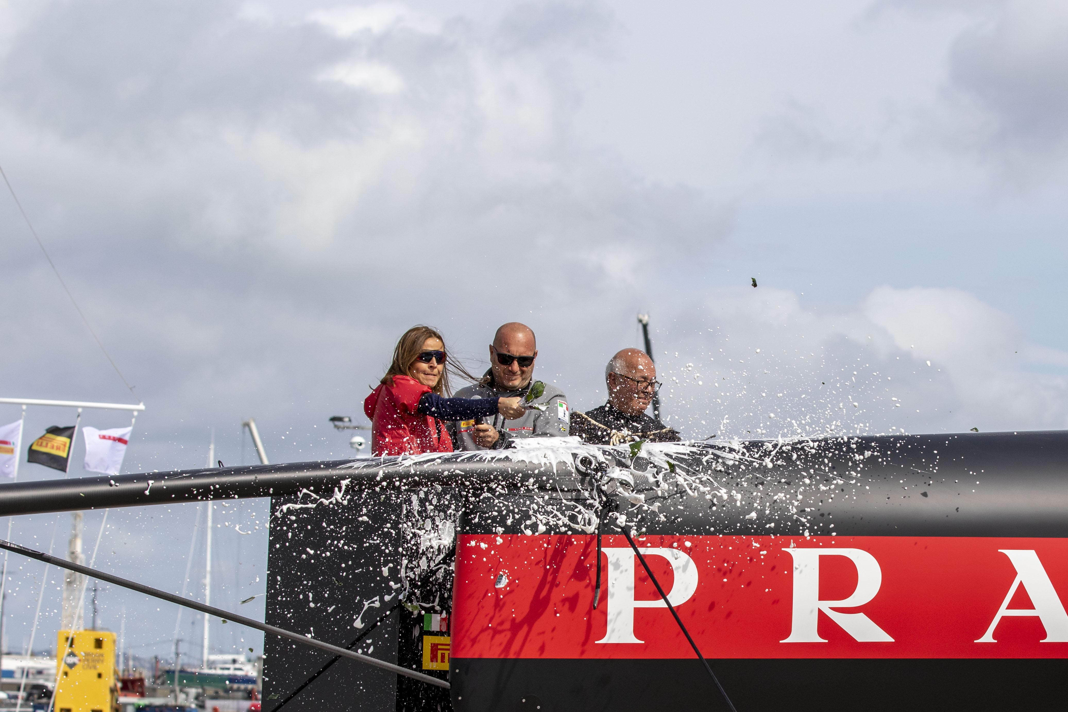 Auckland, varato il secondo AC 75 del team Luna Rossa Prada Pirelli